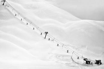Alan-Schaller-M10M---Snow-Globe